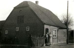 Hinz_Alte_Dorfstrass_Ecke_Wiesengrund